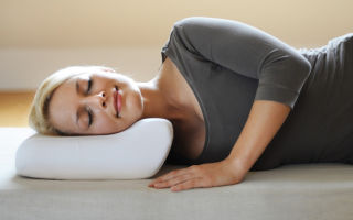 Ортопедическая подушка под голову для сна – выбираем с умом