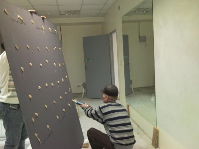 Варианты крепления зеркала на стене своими руками: фото, видео
