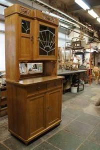 Буфет своими руками из дерева: выбор дизайна и конструкции