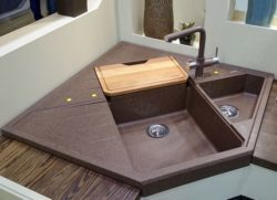 Монтирование мойки в столешницу: врезной, накладной, каменной