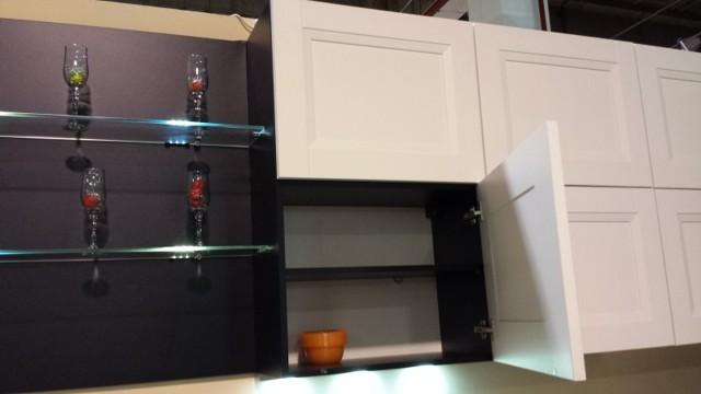 Как правильно повесить шкаф на гипсокартонную стену: фото, видео