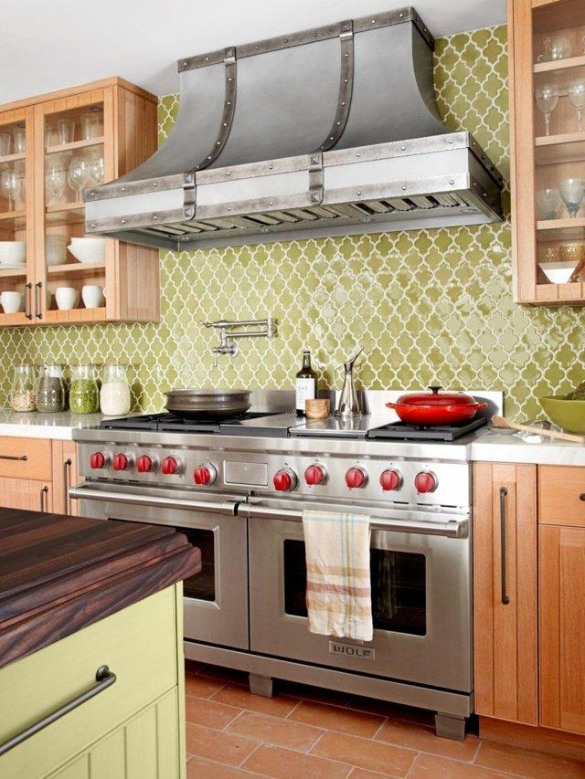 Дизайн кухонного гарнитура: выбор планировки, фасада и формы