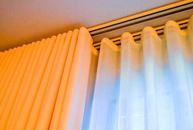 Потолочные карнизы для штор: какие бывают, размеры, способы крепления
