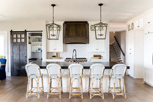 Как выбрать столешницу для кухни: виды материалов, фото дизайна