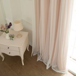Шторы в спальню: варианты красивых занавесок, как выбрать шторы и гардины