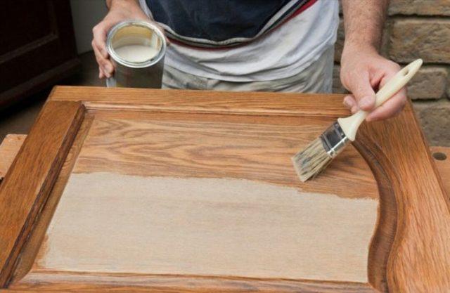 Покраска мебели своими руками: выбор краски, пошаговая инструкция