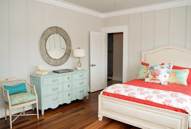 Зеркало в спальной комнате: идеи расположения, фото интерьеров