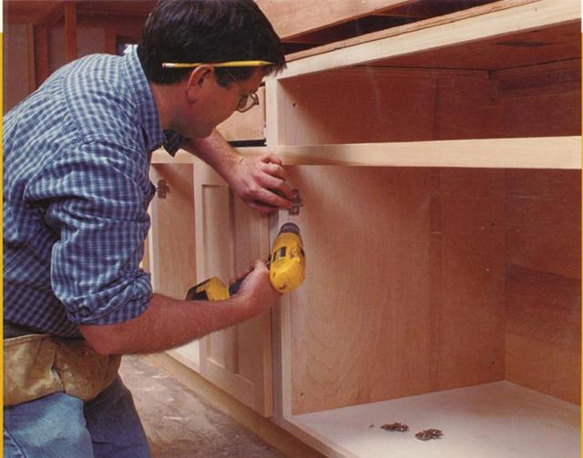 Сборка кухонного уголка: выбор декора и необходимы инструменты